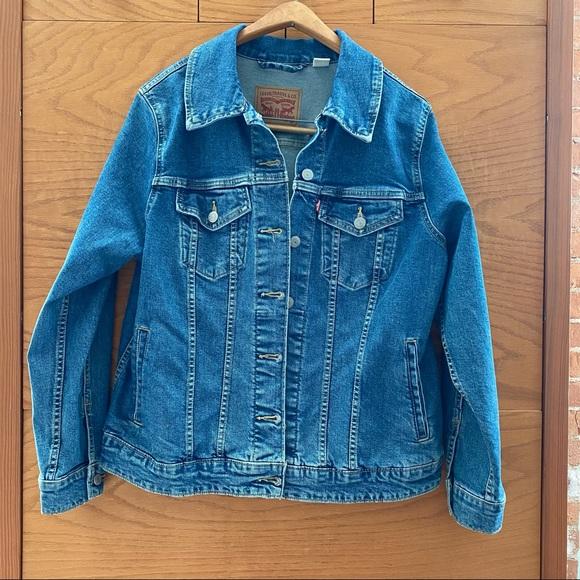 Levi's Denim Jean Jacket - size 1X
